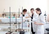 В лаборатории