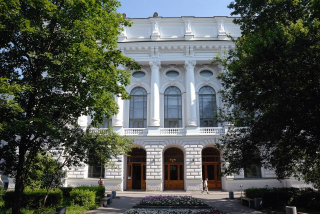 Главное здание СПбГПУ