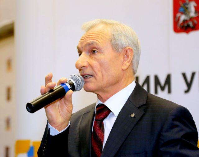 Президент Университета В.М.Глущенко